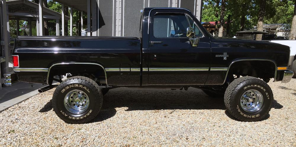 Chevrolet K10 Pickup Modular (Series 97)