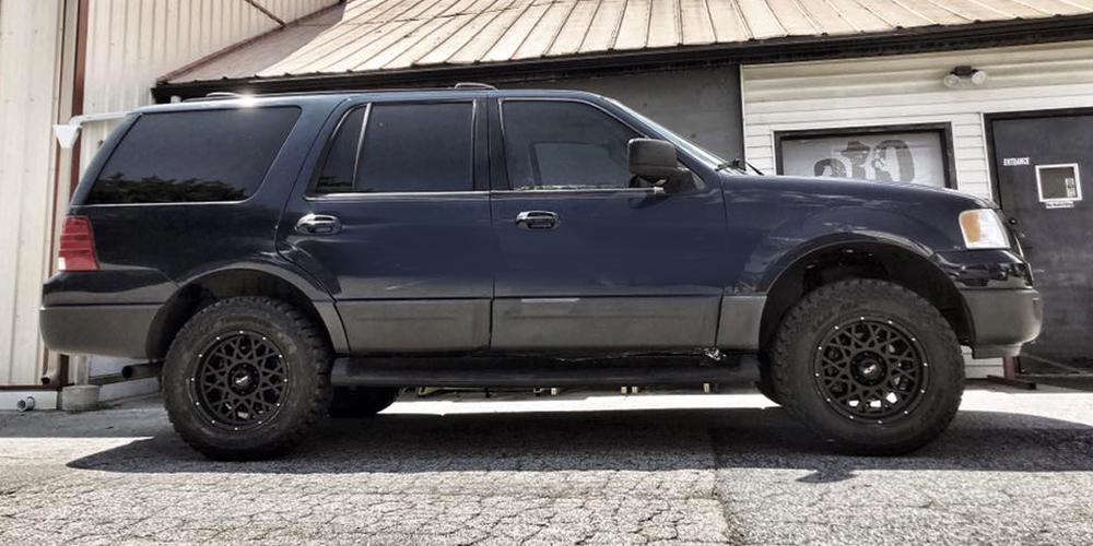 Ford Expedition 412 Rocker