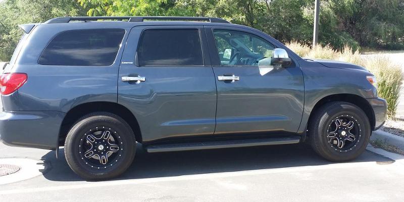 Toyota Sequoia - American Outlaw Wheels Regulator (S117)
