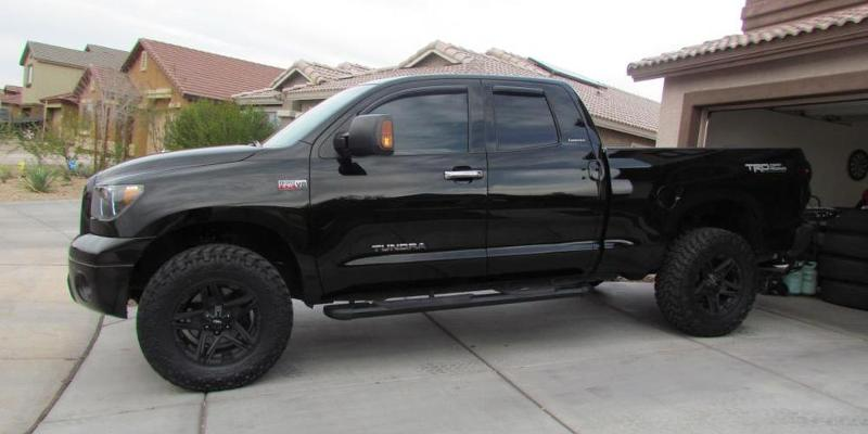 Toyota Tundra - American Outlaw Wheels Hollywood (S109)