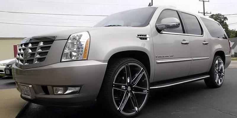 Cadillac Escalade V8