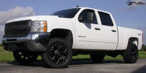 Assault - D546 on Chevrolet Silverado 2500 HD