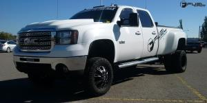 Throttle Dually Front - D513 on GMC Sierra 3500 HD Dual Rear Wheel