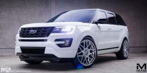 Alpine on Ford Explorer