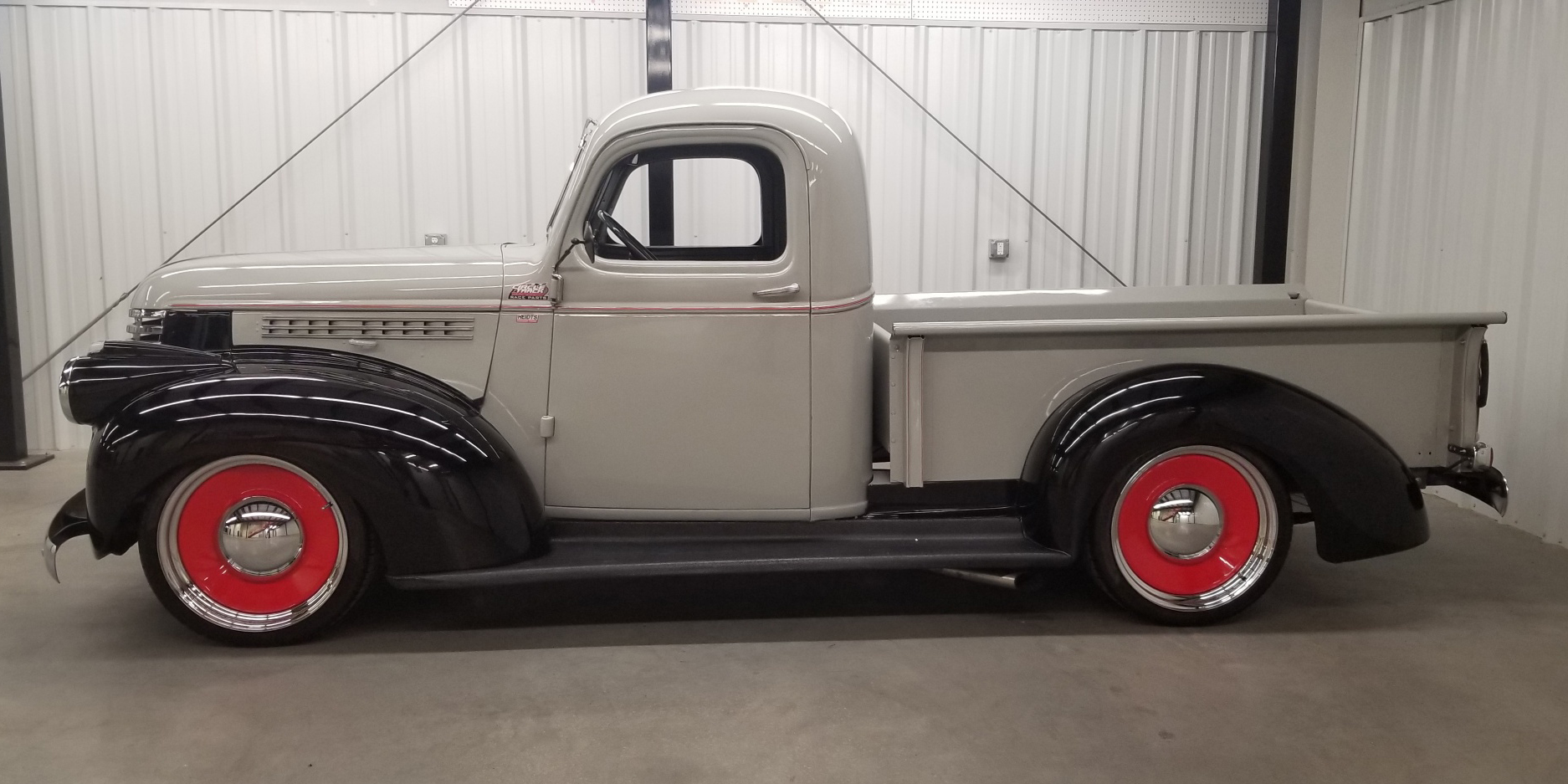 1946 Chevy Truck w LS and 20 Rat Rod Rims