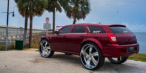 Amani Forged VORENZO on a Dodge Magnum