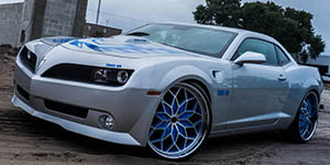 Amani Forged MOTIVO wheels on a Trans-Am