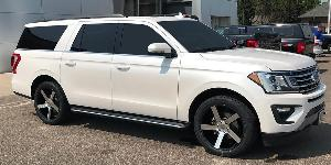 Ford Expedition with Milanni Wheels 472 Switchback