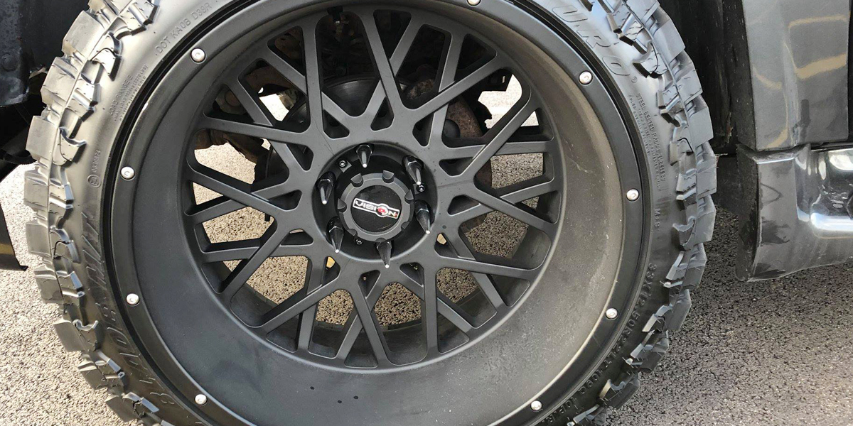 Gmc Yukon Xl 412 Rocker Gallery Vision Wheel