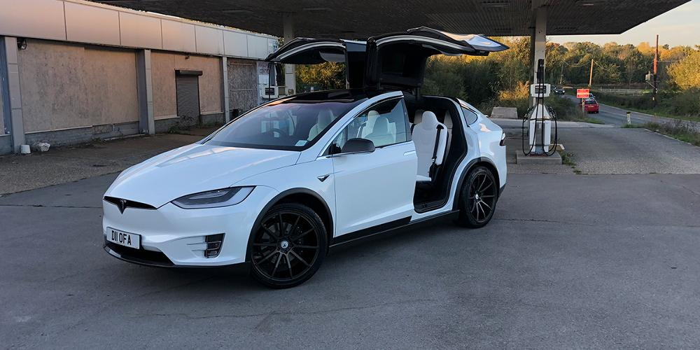 Tesla X with Asanti Black Label ABL-20 Aries