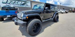 Jeep Wrangler JK with Vision Off Road 360 Sliver