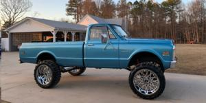 Chevrolet C20 Pickup with Vision Off Road 412 Rocker