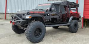 Jeep Gladiator with Vision HD Truck/Trailer 403 Tactical