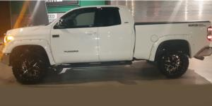 Toyota Tundra with Vision Off Road 360 Sliver