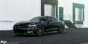 Ford Mustang with Niche Sport Series Gamma - M190