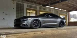 Ford Mustang with Niche Sport Series Methos - M194
