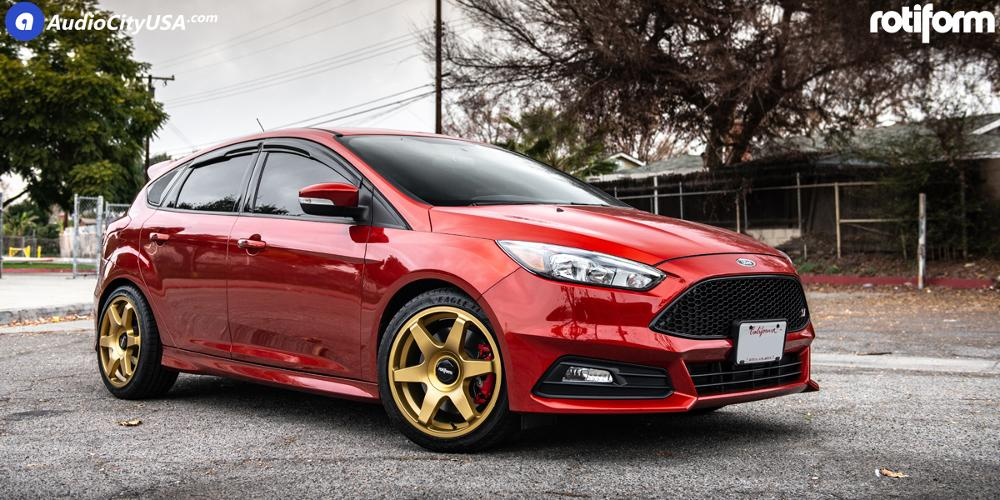 Ford Focus SIX