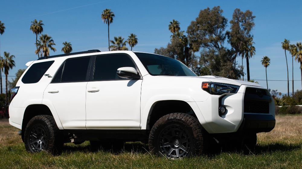 Toyota 4Runner Icon Alloys Compass