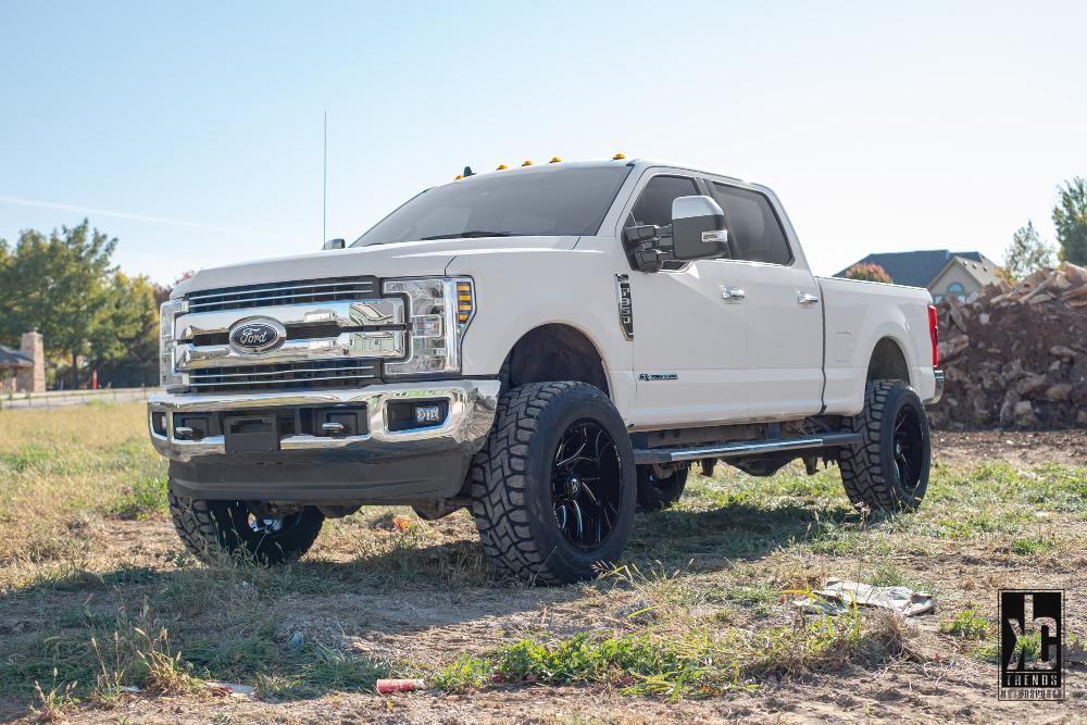 Ford F-350 Super Duty Runner - D741