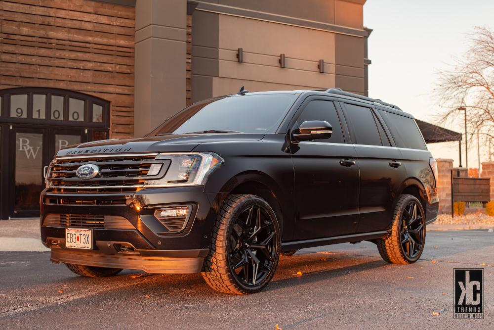 Ford Expedition Vice - M231 SUV