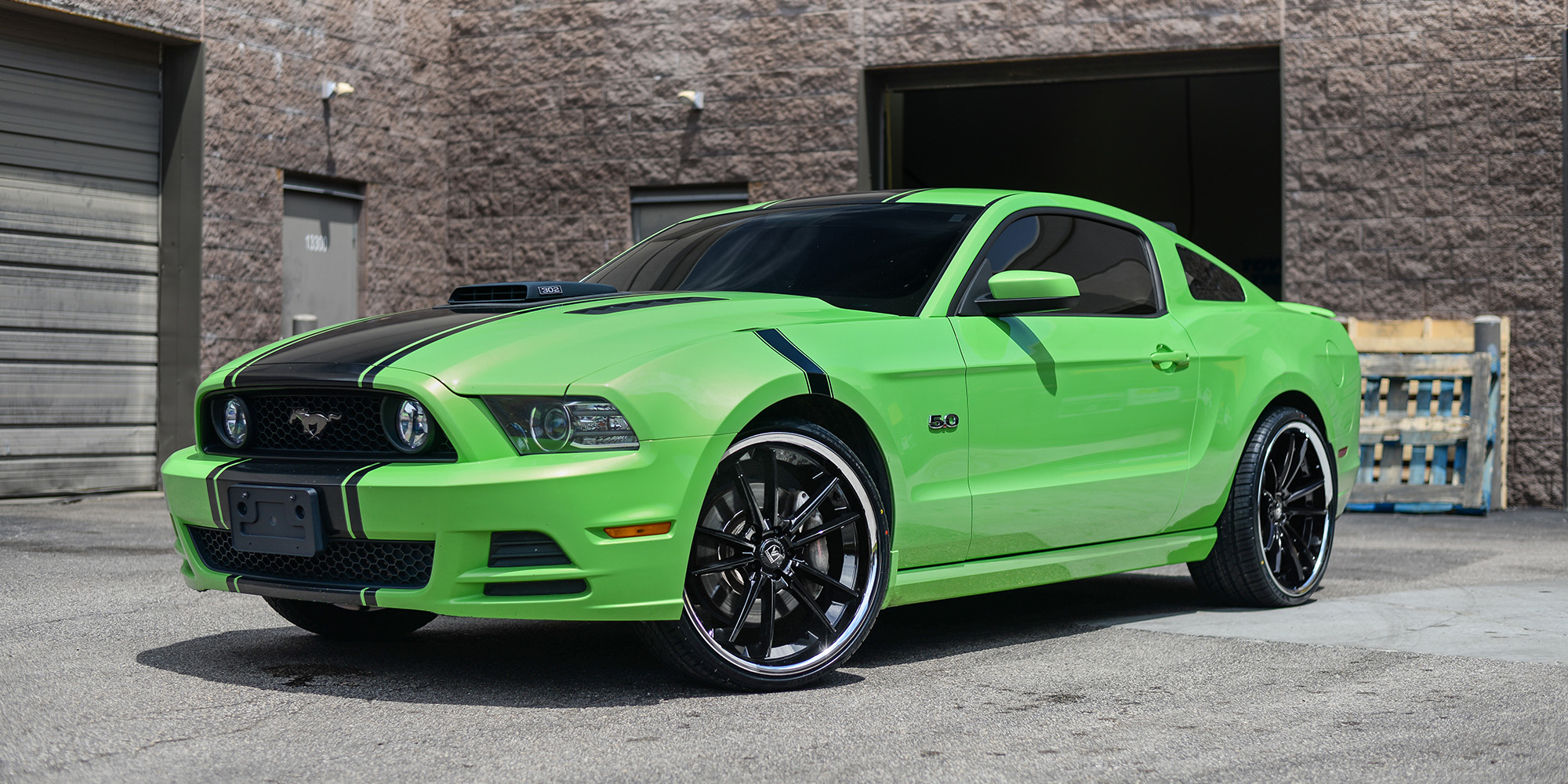Ford Mustang with Asanti Black Label ABL-23 Sigma