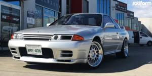 Nissan Skyline with Rotiform LVS