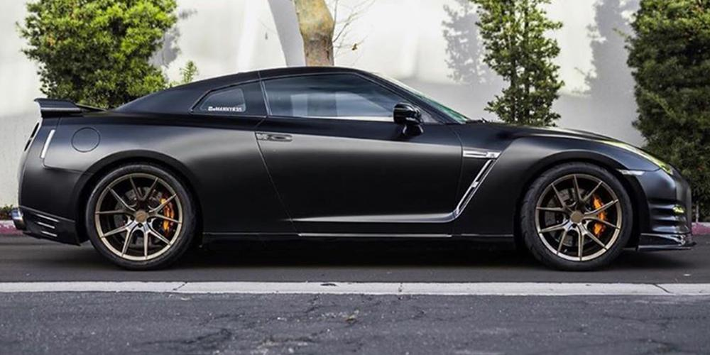 Nissan GT-R Verde Wheels V99 Axis