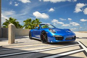 Porsche 911 with Victor Equipment Zuffen