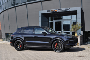 Porsche Cayenne with Victor Equipment Stabil