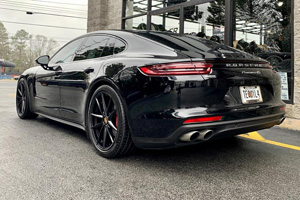 Porsche Panamera with Victor Equipment Zuffen