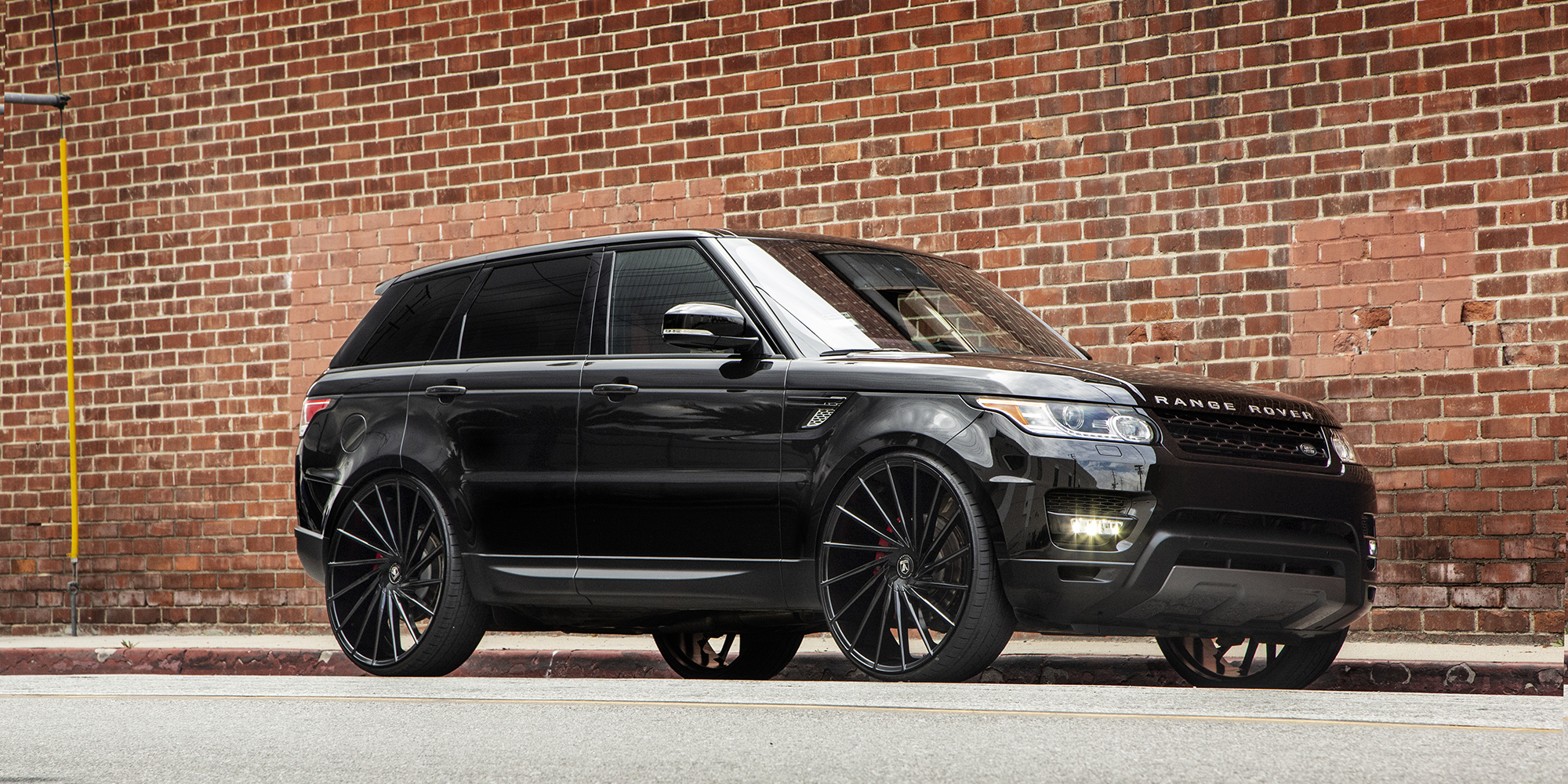 Land Rover Range Rover Sport with Asanti Black Label ABL-18 Matar
