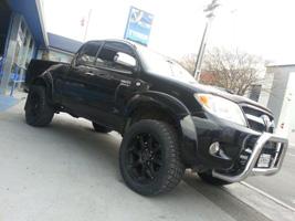 Toyota Hilux with Black Rhino Glamis