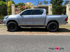 Toyota Hilux with Black Rhino Pinnacle