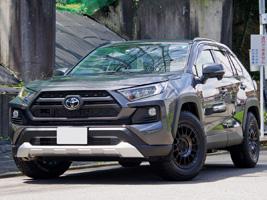 Toyota RAV4 with Black Rhino Sandstorm
