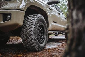 Toyota Tundra with Black Rhino Dugger