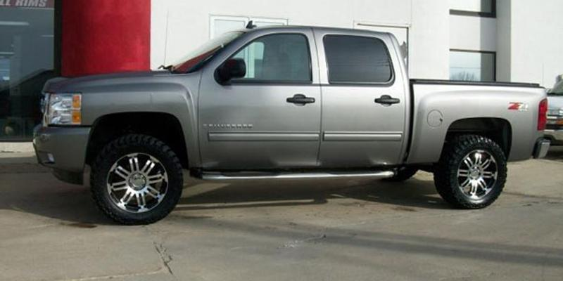 Chevrolet Silverado 1500 Off-Road 375 Warrior