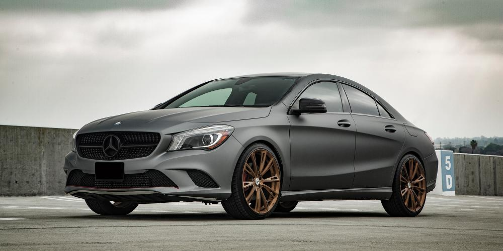 Mercedes-Benz CLA250 with Monoblock Monoblock 881