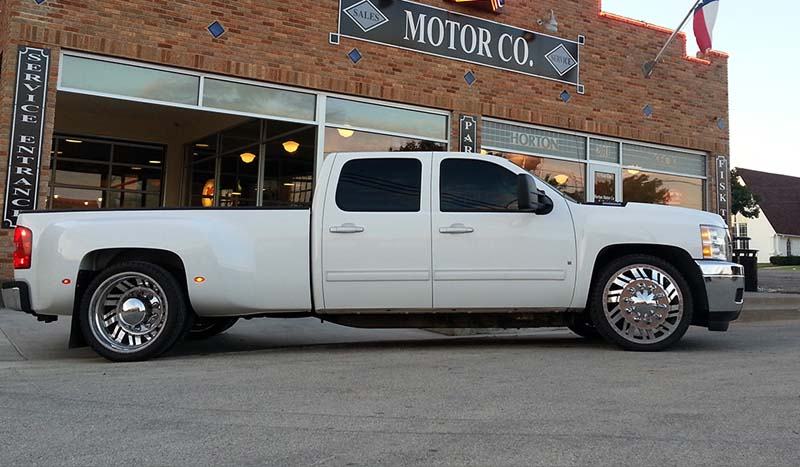 Chevrolet Silverado 3500 HD Dual Rear Wheel