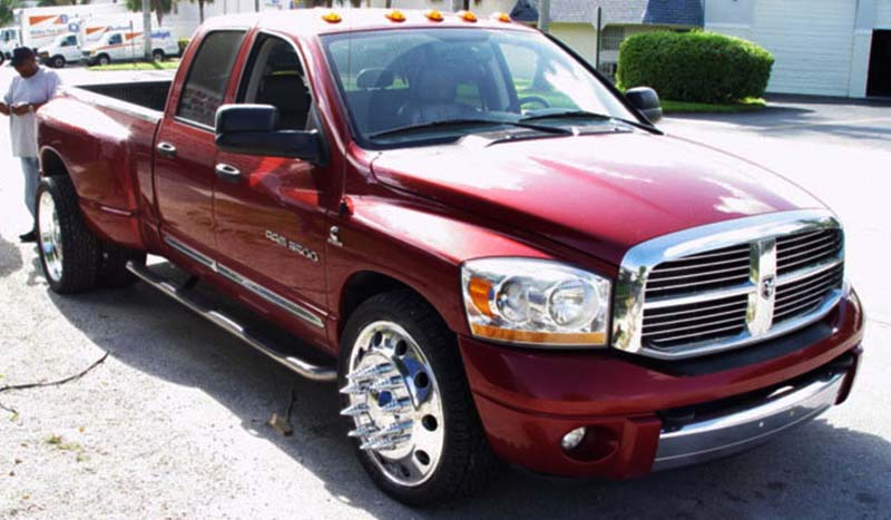 Dodge RAM 3500 Dual Rear Wheel Dual Rear Wheel 1 Classic DRW