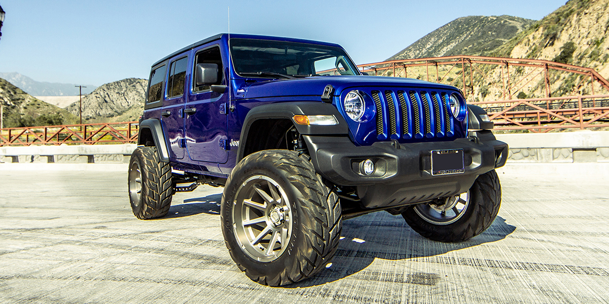Jeep Wrangler with V Rock Off-Road VR13x Tactical