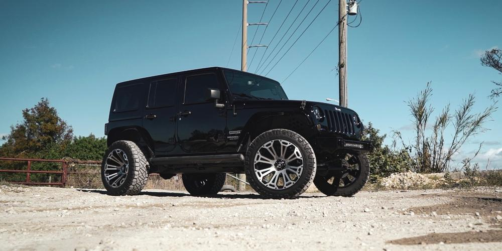 Jeep Wrangler with AB813 Cleaver
