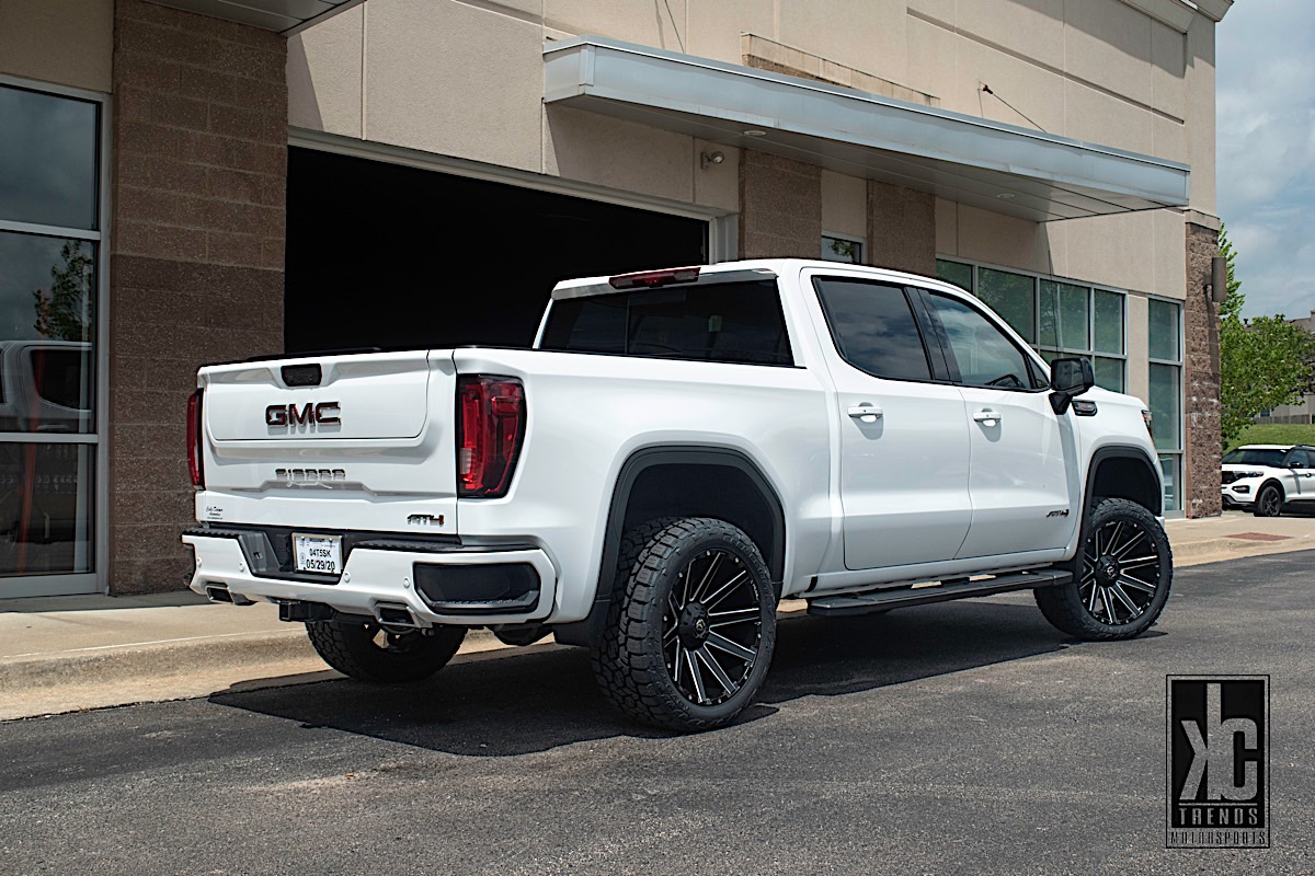 GMC Sierra 1500 with Fuel 1-Piece Wheels Contra - D616