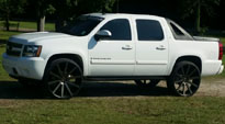 Shot Calla - S121 on Chevrolet Avalanche