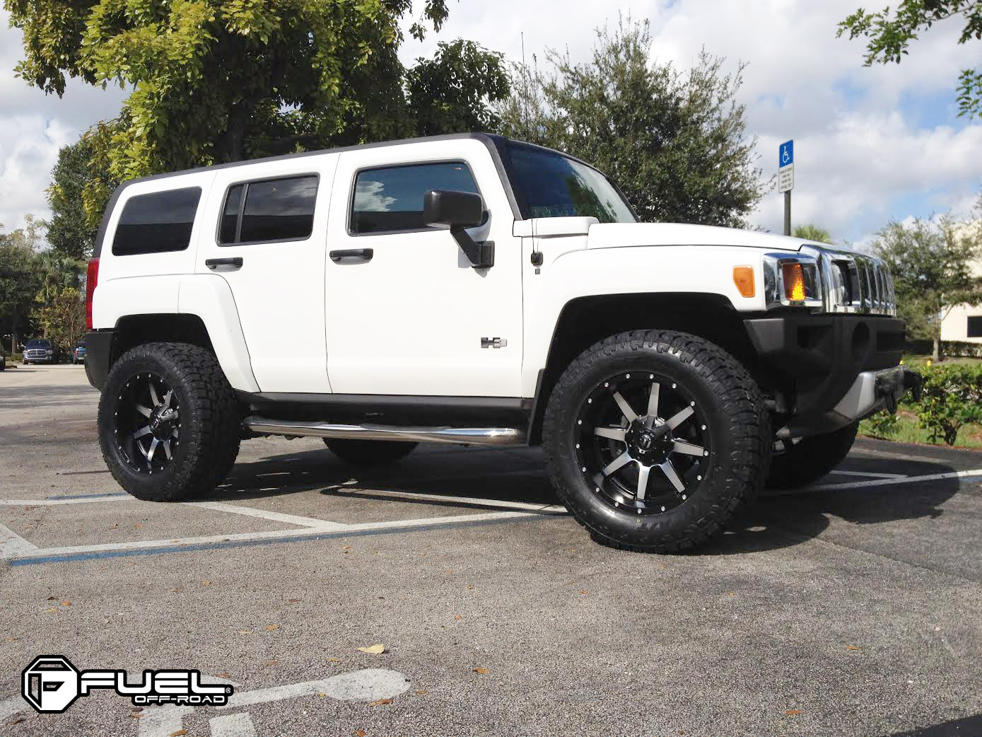 Hummer H8 Maverick - D587 Gallery - MHT Wheels Inc. | h3 hummer wheels