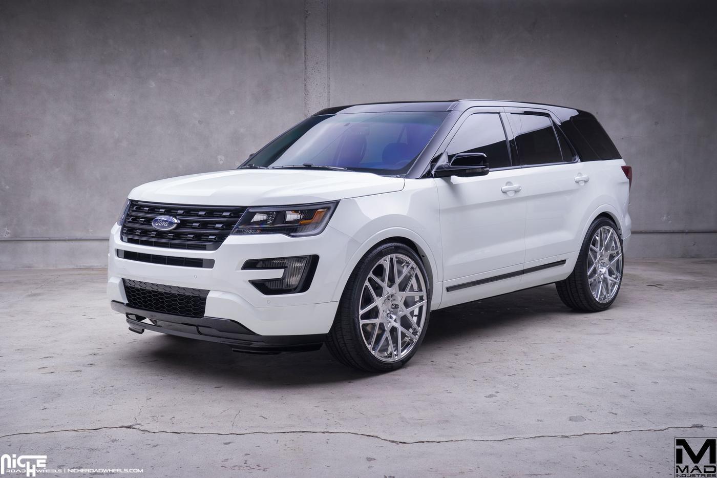 Ford Explorer Black Rims >> 2016 Ford Explorer Mad Industries Niche Alpine Mht
